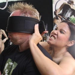 Blindfold with Velcro closure - os-blvc