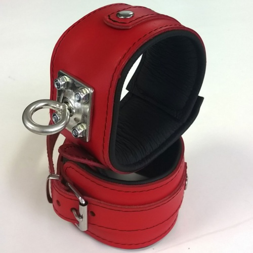 Padded Red Leather Feetcuffs with strong rotating ring - Os-0100-3R-E