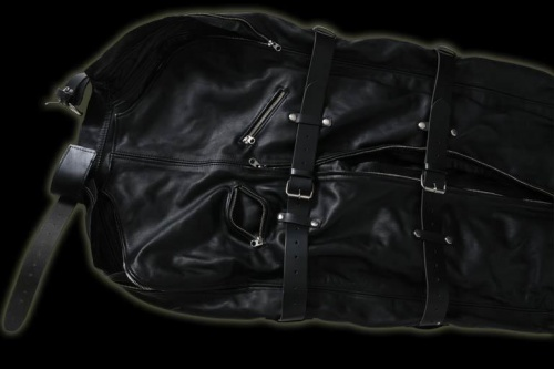 Leder & Latex Bodybags